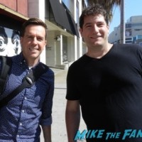 ed helms signing autographs fan photo selfie 6