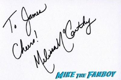 melissa maccarthy spy london premiere melissa mccarthy signing autographs 18spy london premiere melissa mccarthy signing autographs 17