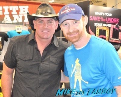 Keith Anderson CMT Fanfest 2015 16