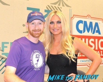 Brooke Hogan fan photo CMT Fanfest 2015 4