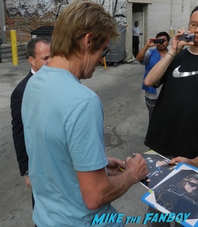 Denis Leary  signing autographs jimmy kimme live 3