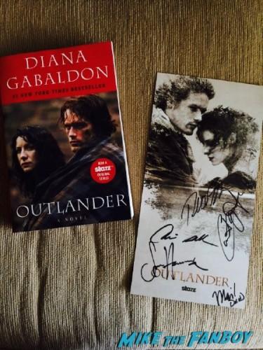 Outlander SDCC signing 2015 (1)