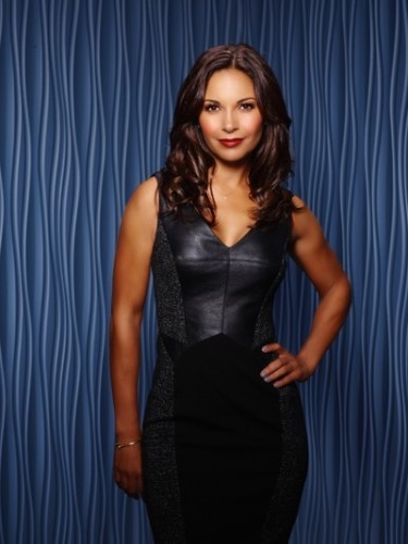 "STITCHERS - ABC Family's ""Stitchers"" stars Salli Richardson-Whitfield as Maggie. (ABC Family/Craig Sjodin)"