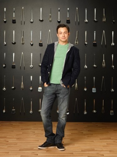 "YOUNG & HUNGRY - Jonathan Sadowski stars as Josh Kaminski on ABC Family's ""Young & Hungry."" (ABC FAMILY/Bob D'Amico)"
