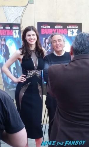 Bury the ex premiere anton yelchin Alexandra Daddario1