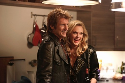 "Sex&Drugs&Rock&Roll - ""Clean Rockin' Daddy"" -- Ep 102 (Airs Thursday, July 23, 10:00 pm e/p) -- Pictured: (l-r) Denis Leary as Johnny, Elaine Hendrix as Ava."
