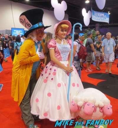 D23 cosplay 2015 princesses black widow 6