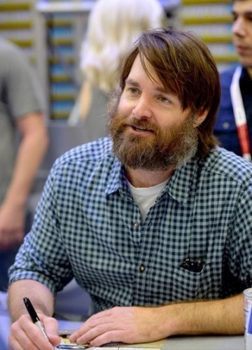 Last Man On Earth Cast Signing SDCC 2015 Will Forte January Jones 16