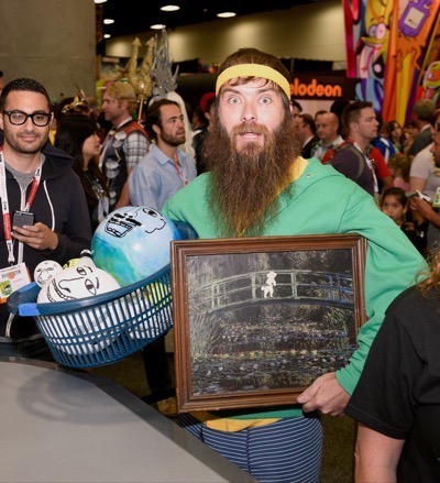 Last Man On Earth Cast Signing SDCC 2015 Will Forte January Jones 8