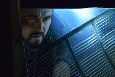 """THE STRAIN -- """"Quick and Painless"""" -- Episode 205 (Airs August 9, 10:00 pm e/p) Pictured: Kevin Durand as Vasiliy Fet. CR: Michael Gibson/FX"""