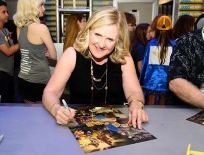 FOX FANFARE AT SAN DIEGO COMIC-CON © 2015: THE SIMPSONS cast member Nancy Cartwright during THE SIMPSONS booth signing on Saturday, July 11 at the FOX FANFARE AT SAN DIEGO COMIC-CON © 2015. CR: Alan Hess/FOX © 2015 FOX BROADCASTING.