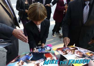 Vacation movie premiere christian applegate signing autographs 1