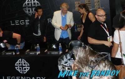 Warcraft Horde autograph signing comic con paula patton 4