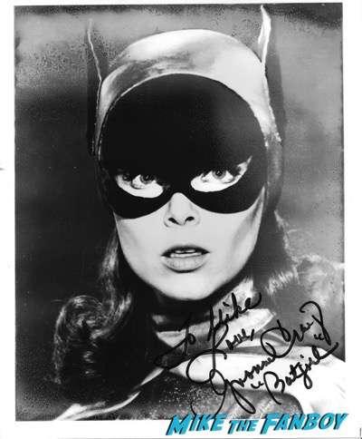 Yvonne Craig fan photo signed autograph rip1