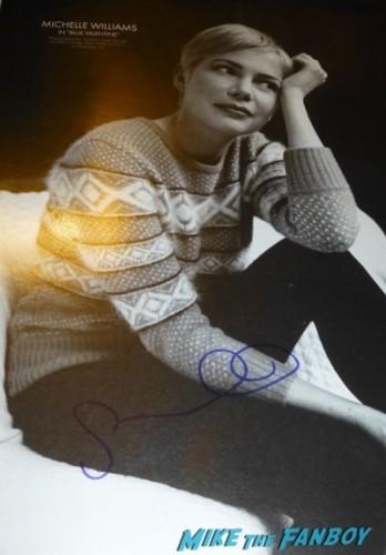 michelle williams signed autograph w magazine oscars 2011 photos 8