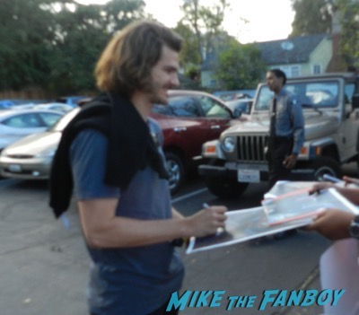 Andrew Garfield signing autographs 2015 laura dern 4