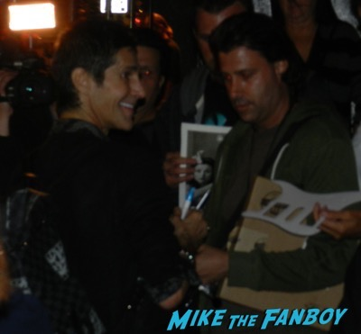 Perry Farrell signing autographs Roxy Theater 2