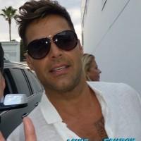 Ricky Martin Fan photo signing autographs 1