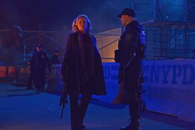 "THE STRAIN -- ""The Battle For Red Hook"" -- Episode 209 (Airs September 6, 10:00 pm e/p) Pictured: (l-r) Samantha Mathis as Justine Feraldo, Paulino Nunes as Frank Kowalski. CR: Michael Gibson/FXTHE STRAIN -- ""The Battle For Red Hook"" -- Episode 209 (Airs September 6, 10:00 pm e/p) Pictured: (l-r) Samantha Mathis as Justine Feraldo, Paulino Nunes as Frank Kowalski. CR: Michael Gibson/FX"