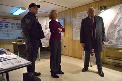 "THE STRAIN -- ""The Battle For Red Hook"" -- Episode 209 (Airs September 6, 10:00 pm e/p) Pictured: (l-r) Paulino Nunes as Frank Kowalski, Samantha Mathis as Justine Feraldo, Ron Canada as Mayor George Lyle.  CR: Michael Gibson/FX"
