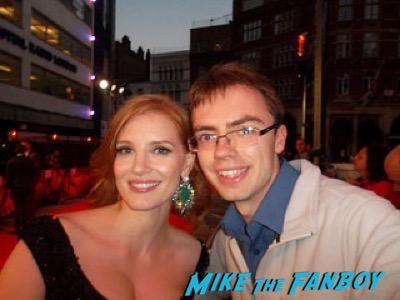 jessica chastain The Martian UK Premiere red carpet matt damon 6