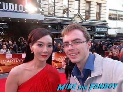 Chen Shu The Martian UK Premiere red carpet matt damon 21