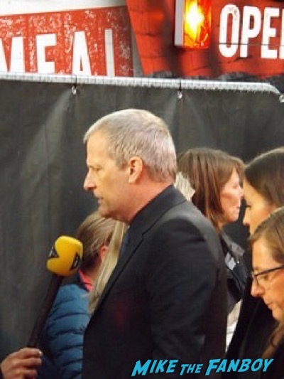 Jeff Daniels The Martian UK Premiere red carpet matt damon 5