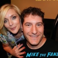 jane krakowski fan photo The Unbreakable Kimmy Schmidt q and a tina fey ellie kemper 48