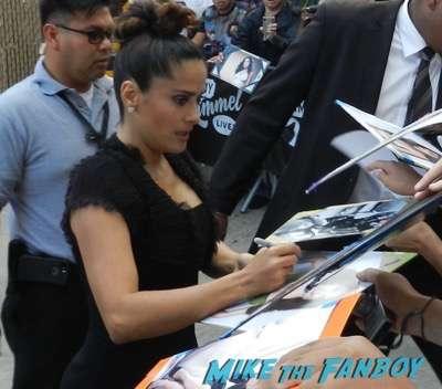 salma hayek signing autographs jimmy kimmel live 2015 1