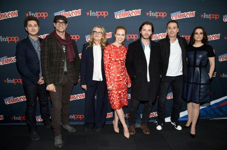 12 Monkeys officialy NYCC 15 (2)