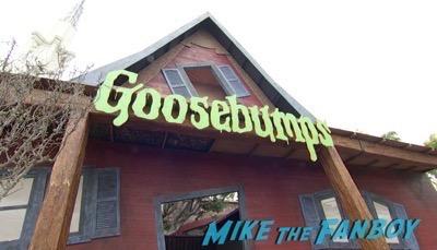 Goosebumps Los Angeles Premiere Jack Black signing autographs 4