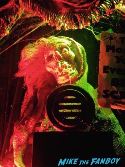 creepshow prop ticketbooth rare