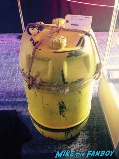Jaws Barrel Turducken son of monsterpalooza prop display