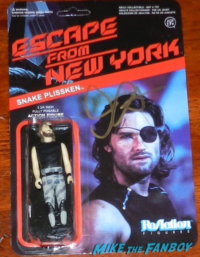 John Carpetner signed autograph escape from new york reaction figure