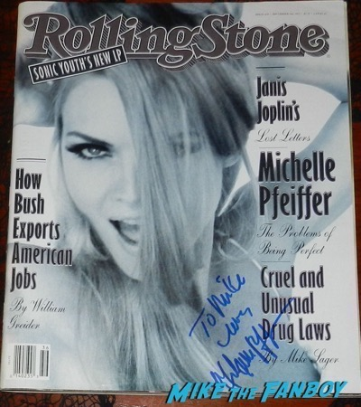 Michelle Pfeiffer signed autograph 1992 rolling stone magazine 2