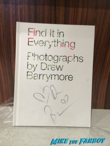 drew barrymore signed autograph book