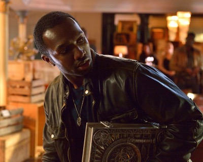 "THE STRAIN -- ""Night Train"" -- Episode 213 (Airs October 4, 10:00 pm e/p) Pictured: Jamie Hector as Alonso Creem. CR: Michael Gibson/FX"