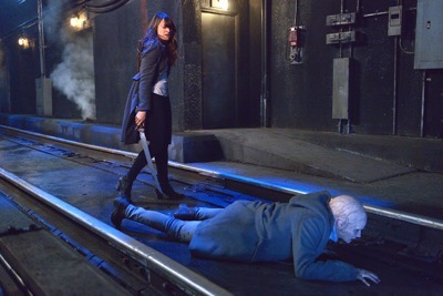 "THE STRAIN -- ""Night Train"" -- Episode 213 (Airs October 4, 10:00 pm e/p) Pictured: (l-r) Mia Maestro as Nora Martinez, Natalie Brown as Kelly Goodweather. CR: Michael Gibson/FX"