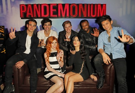 Shadowhunters NYCC official (1)