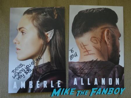 Shannara signing NYCC 2015 (1)