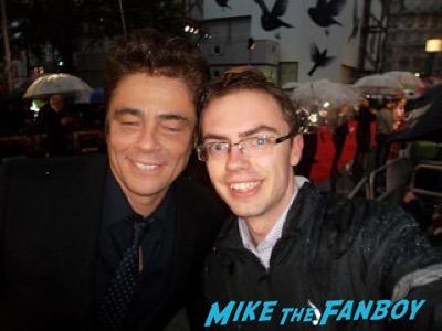 Benicio Del Toro Sicaro UK movie premiere emily blunt signing autographs 6