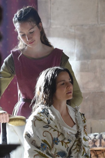 "THE BASTARD EXECUTIONER - ""A Hunger/Newyn"" Episode 104 (Airs Tuesday, September 29, 10:00 pm/ep) Pictured: (L-R) Sarah White as Isabel Kiffin, Flora Spencer-Longhurst as Baroness Lady Love Ventris. CR: Ollie Upton/FX"