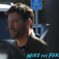 Harry Connick Jr extra universal studios signing autographs 1