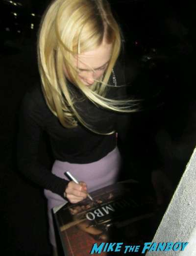 Trumbo q and a elle fanning diane lane signing autographs 1