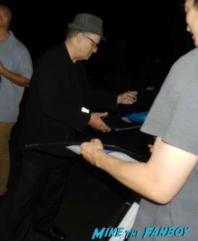 Albert Brooks signing autographs concussion q and a 3Albert Brooks signing autographs concussion q and a 3
