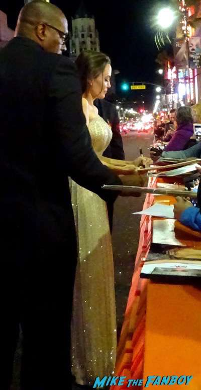 by the sea premiere angelina jolie brad pitt signing autographs 17