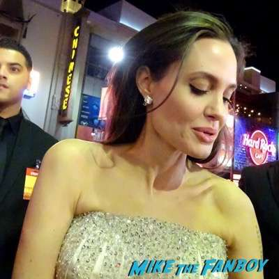 by the sea premiere angelina jolie brad pitt signing autographs 23