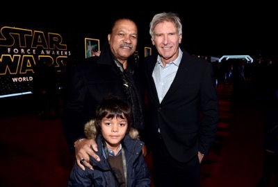HOLLYWOOD, CA - DECEMBER 14:  Actors Billy Dee Williams (L) and Harrison Ford attend the World Premiere of ?Star Wars: The Force Awakens? at the Dolby, El Capitan, and TCL Theatres on December 14, 2015 in Hollywood, California.  (Photo by Alberto E. Rodriguez/Getty Images for Disney) *** Local Caption *** Billy Dee Williams;Harrison Ford