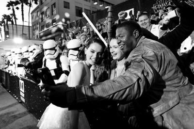 HOLLYWOOD, CA - DECEMBER 14:  (EDITORS NOTE: Image has been shot in black and white. Color version not available.) Actress Daisy Ridley attends the World Premiere of ?Star Wars: The Force Awakens? at the Dolby, El Capitan, and TCL Theatres on December 14, 2015 in Hollywood, California.  (Photo by Charley Gallay/Getty Images for Disney) *** Local Caption *** Daisy Ridley