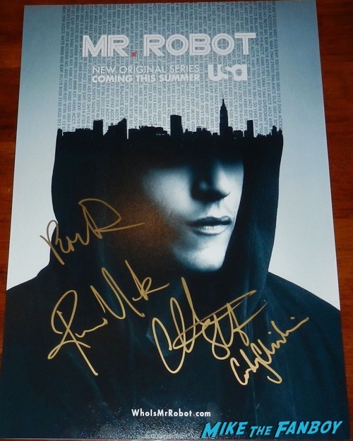 Mr Robot signed autograph poster Rami Malek Portia Doubleday Christian Slater Carly Chaikin